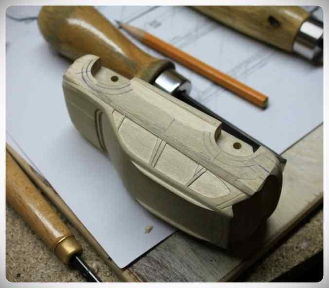 Fabricar un coche con un trozo de madera. 7