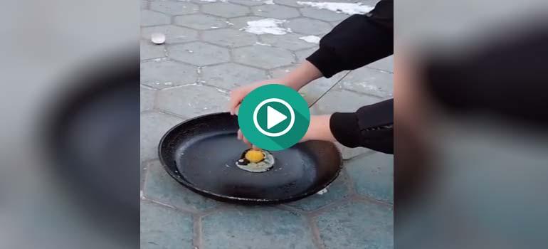 Hace tanto frío que puedes congelar un huevo en una sartén. 1
