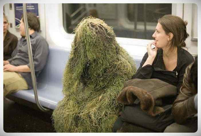 imagenes divertidas metro 10 - La cantidad de gente rara que viaja en el metro.