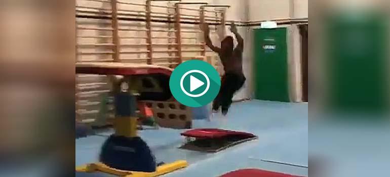 Vídeo impactante, un ejercicio de 10. 5