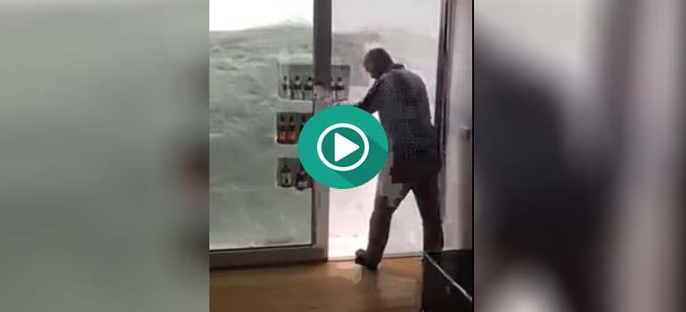 Cervezas siempre frías con este frigorífico de nieve. 13