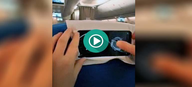 Genial truco para sujetar el teléfono móvil en los viajes. 1