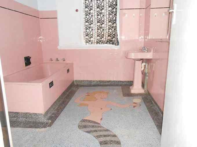 Las fotos mas extrañas de gente que vende su casa. 13