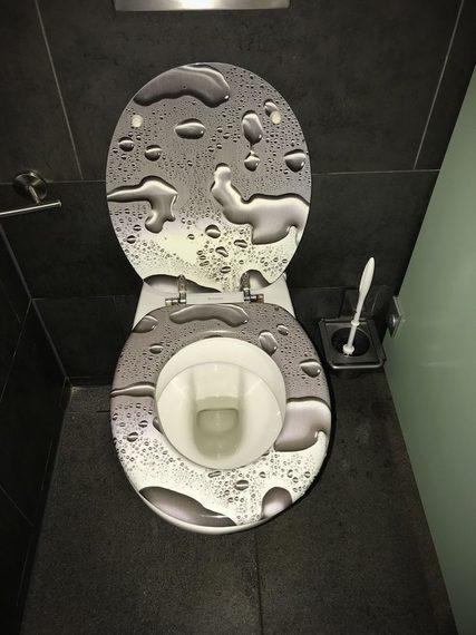 Te vas a asombrar con estos cuartos de baño tan extraños. 6