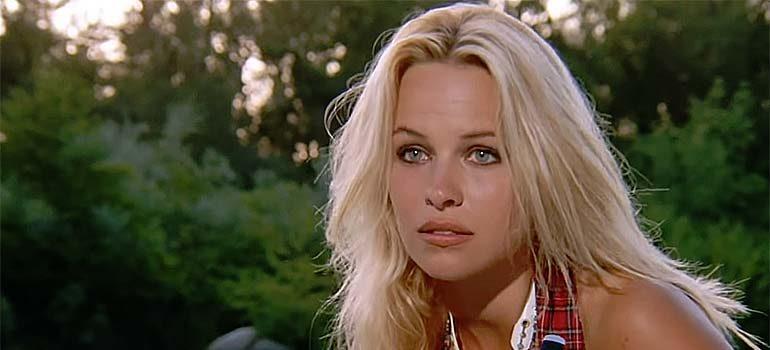 Vídeo de Pamela Anderson en su primera aparición en Los Vigilantes de la Playa. 6