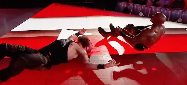 Combate entre Braun Strowman y Bobby Lashley no sale como esperaban. 3