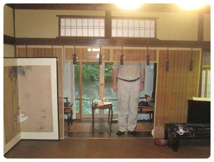 Si eres alto, vas a tener problemas si viajas a Japón. 4