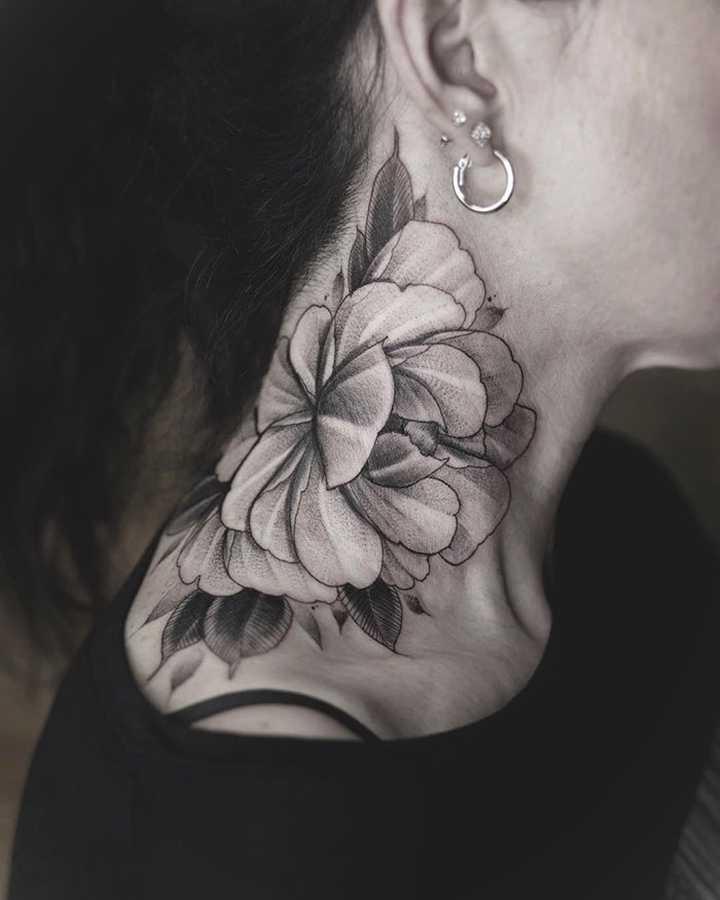 18 Ideas para tatuajes en el cuello. 14
