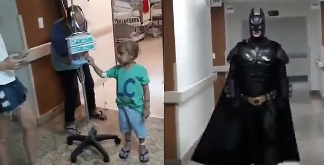 Médico se disfraza de Batman para dar una sorpresa a un niño que lucha contra el cáncer.