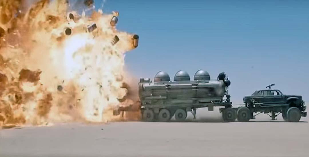 Mad-Max Furia en la carretera sin efectos especiales. 2