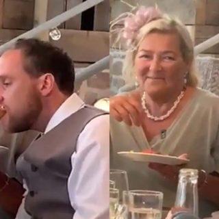Esta tan borracho en su boda, que su suegra lo tiene que dar de comer.