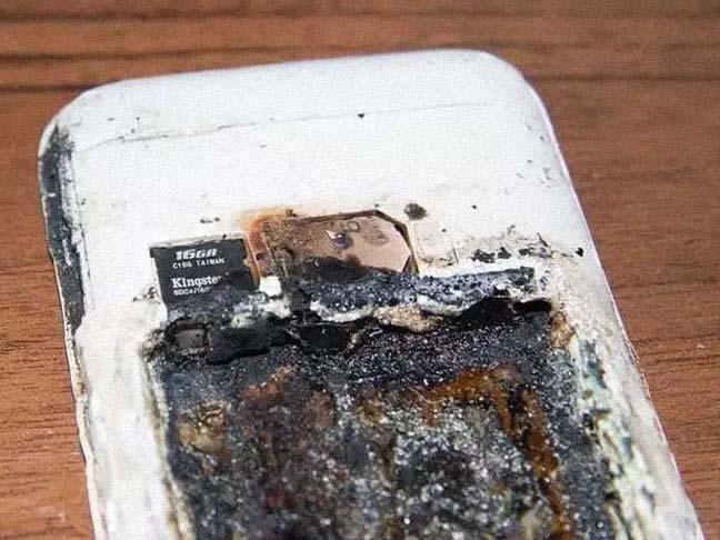 Adolescente pierde la vida al explotar su móvil mientras dormía. 3