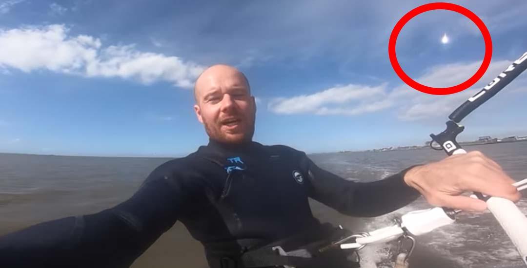 Kitesurfista graba la caída de un meteorito sin saberlo. 3