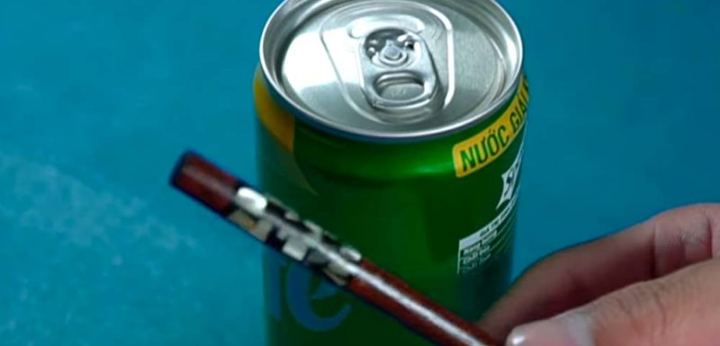 Cómo abrir una lata de refresco si se rompe la pestaña 1