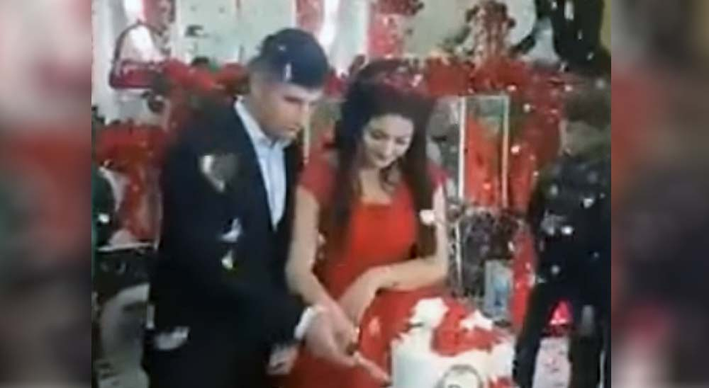 El novio de esta boda se enfada y mira lo que pasa 17