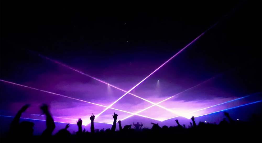 El festival de Pukkelpop rompe el récord mundial usando 320 rayos láser en un espectáculo de luz y sonido 4
