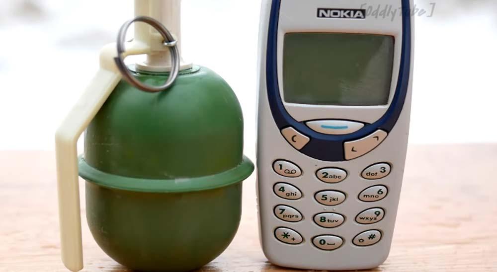 ¿Qué ocurre si explotamos un Nokia 3310 con una granada?