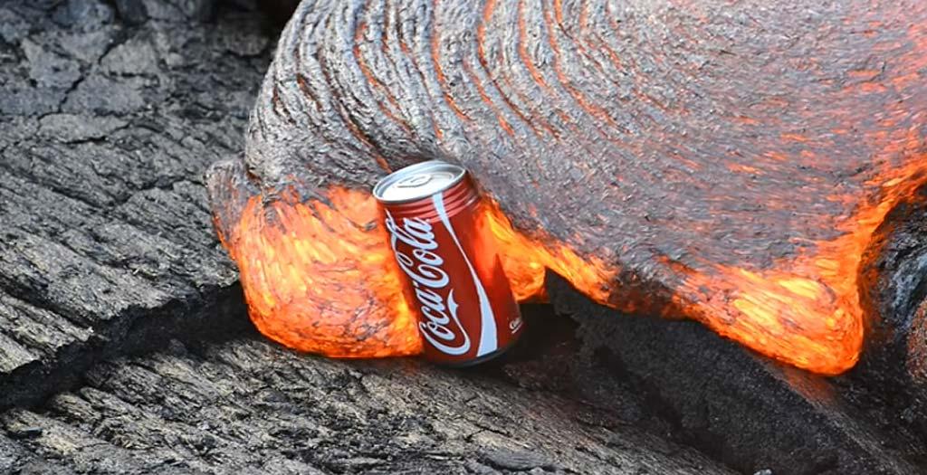 Lata de Cocacola y lava del un volcán, ¿qué ocurrirá? 3