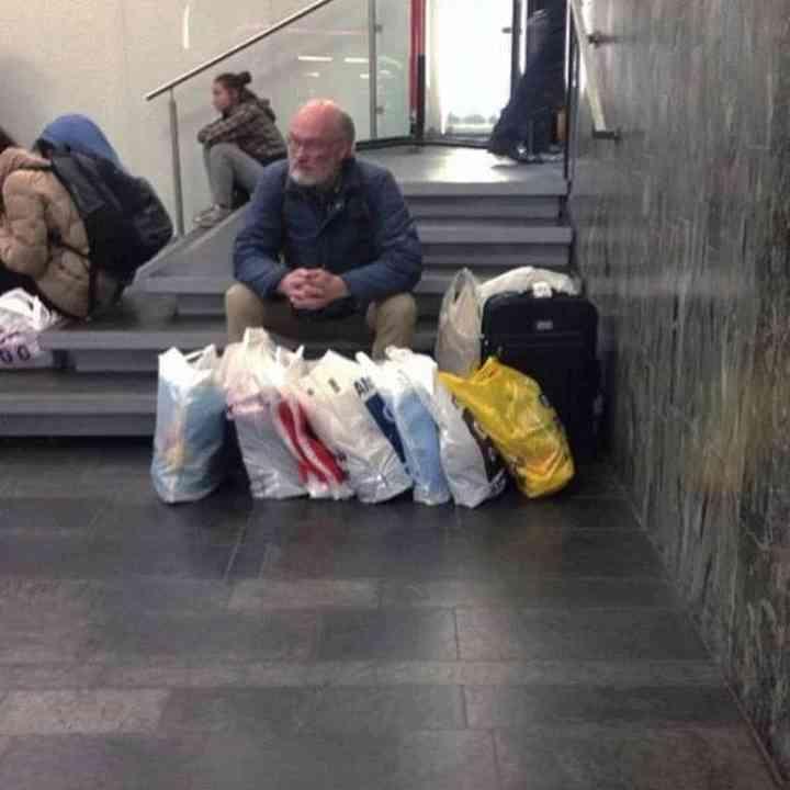 16 maridos que están hartos de ir de compras 9