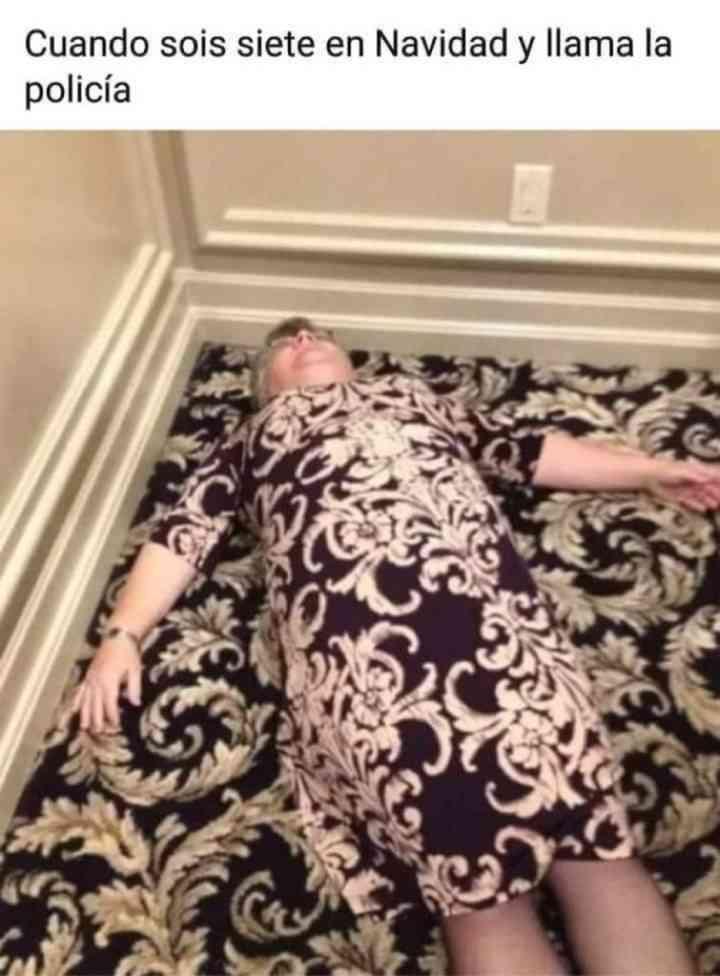 Camuflando a tu tía en la cena de Navidad 1